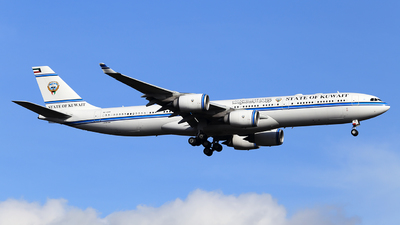 9K-GBB - Airbus A340-542 - Kuwait - Government