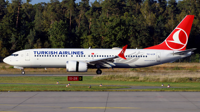A picture of TCLCF - Boeing 737 MAX 8 - Turkish Airlines - © Günther Feniuk