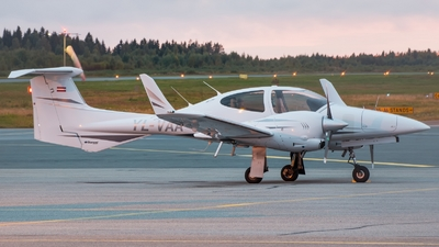 YL-VAA - Diamond DA-42 Twin Star - Private