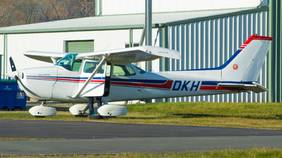 ZK-DKH - Cessna 172M Skyhawk - Private