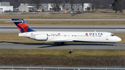 A picture of N974AT - Boeing 7172BD - Delta Air Lines - © DJ Reed - OPShots Photo Team