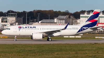 D-AVVO - Airbus A320-271N - LATAM Airlines