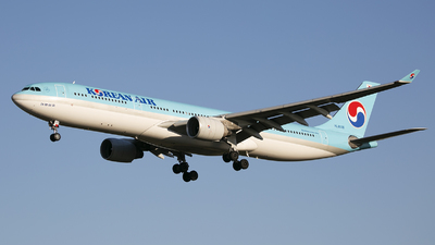 HL8026 - Airbus A330-323 - Korean Air