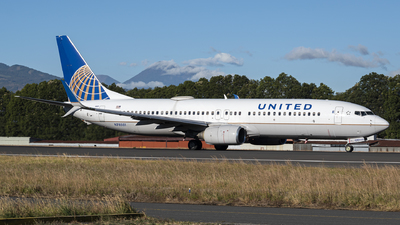 N78501 - Boeing 737-824 - United Airlines