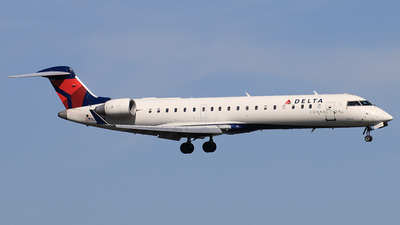 N368CA - Bombardier CRJ-701 - Delta Connection (SkyWest Airlines)