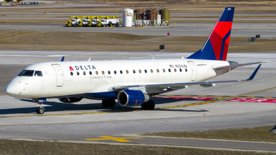 A picture of N224JQ - Embraer E175LR - Delta Air Lines - © Nick Kort
