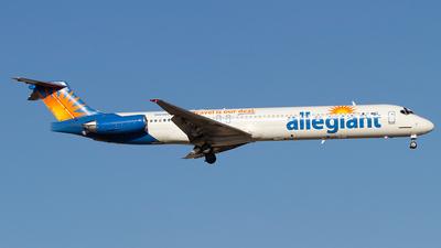 A picture of N425NV - McDonnell Douglas MD83 - [49438] - © Jeremy D. Dando