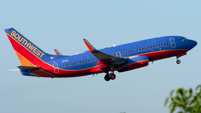 A picture of N7811F - Boeing 73776N - Southwest Airlines - © Paul W