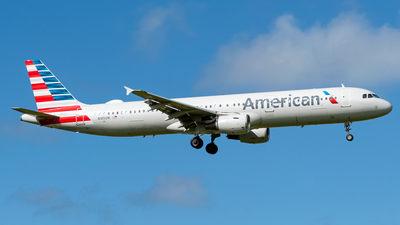 A picture of N185UW - Airbus A321211 - American Airlines - © Miguel Rodriguez Puerto Rico Spotter
