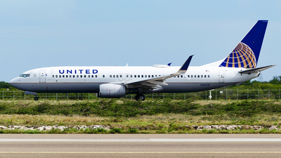 N14219 - Boeing 737-824 - United Airlines