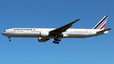 A picture of FGSQM - Boeing 777328(ER) - Air France - © Timothy Brandt