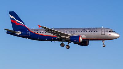 VP-BME - Airbus A320-214 - Aeroflot