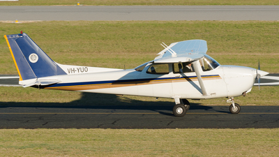 VH-YUO - Cessna 172R Skyhawk - Singapore Flying College