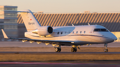 CN-IAM - Bombardier CL-600-2B16 Challenger 604 - Private