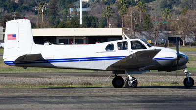 N925DJ - Beechcraft D50A Twin Bonanza - Private