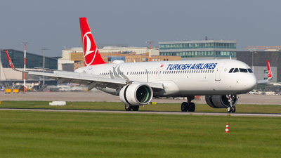 A picture of TCLSR - Airbus A321271NX - Turkish Airlines - © Bianca Renz