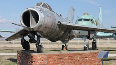 30 - Mikoyan-Gurevich MiG-19S Farmer C - Bulgaria - Air Force