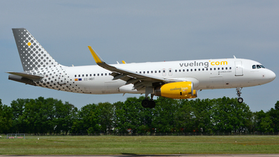 EC-MBT - Airbus A320-232 - Vueling Airlines