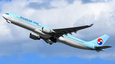 HL7702 - Airbus A330-323 - Korean Air