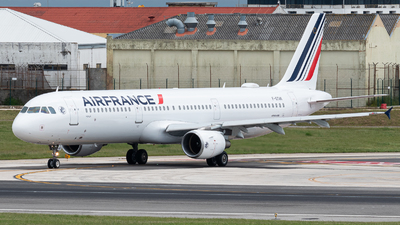 A picture of FGTAK - Airbus A321212 - Air France - © Aaron Vancoillie