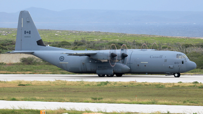 130613 - Lockheed Martin CC-130J Hercules - Canada - Royal Air Force