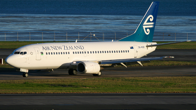 ZK-NGE - Boeing 737-3U3 - Air New Zealand