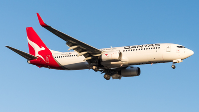 VH-VZA - Boeing 737-838 - Qantas