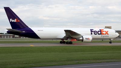 A picture of N276FE - Boeing 767300F(ER) - FedEx - © Stephen J Stein