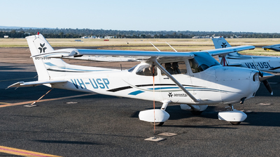 A picture of VHUSP - Cessna 172S Skyhawk SP - [172S10298] - © Andrew Lesty