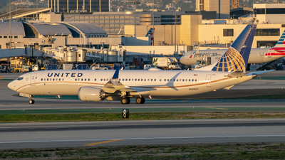 N37507 - Boeing 737-9 MAX - United Airlines