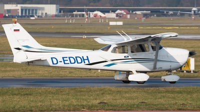 D-EDDH - Cessna 172S Skyhawk SP - Private