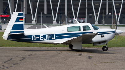 D-EJFU - Mooney M20J-201 - Private