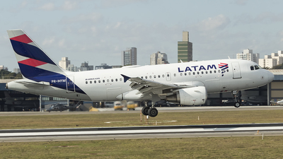 A picture of PRMYM - Airbus A319112 - LATAM Airlines - © Angelo Madson