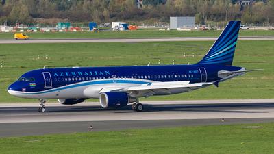 A picture of 4KAI07 - Airbus A320214(CJ) Prestige - Azerbaijan Airlines - © Andre Bonn