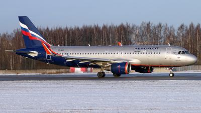 VP-BIY - Airbus A320-214 - Aeroflot