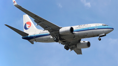 A picture of B5215 - Boeing 73775C - Hebei Airlines - © cresthong