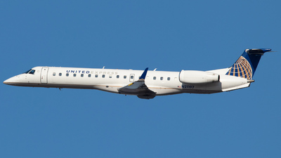 A picture of N21197 - Embraer ERJ145XR - United Airlines - © Zavier Cordova