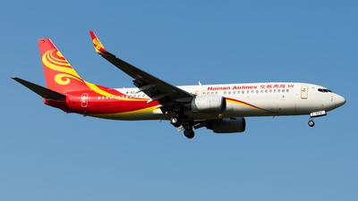 B-5372 - Boeing 737-84P - Hainan Airlines