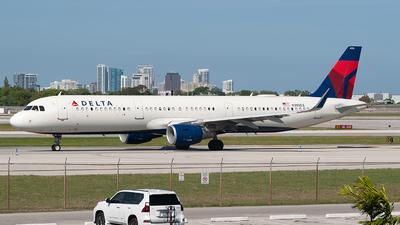 N395DZ - Airbus A321-211 - Delta Air Lines