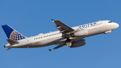 A picture of N489UA - Airbus A320232 - United Airlines - © Alex I.
