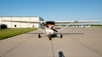 N64915 - Cessna 172P Skyhawk - Private