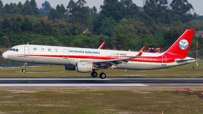 B-8960 - Airbus A321-211 - Sichuan Airlines