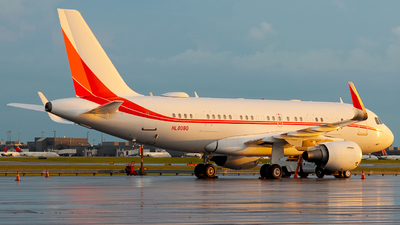 HL8080 - Airbus A319-115(CJ) - SK Telecom