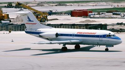 N282N - Fokker F28-1000 Fellowship - Piedmont Airlines