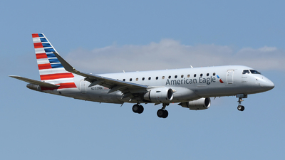 N233NN - Embraer 170-200LR - American Eagle (Envoy Air)