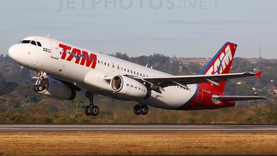 PR-MBL - Airbus A320-233 - TAM Linhas Aéreas