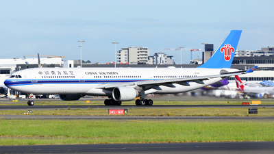 B-5951 - Airbus A330-323 - China Southern Airlines