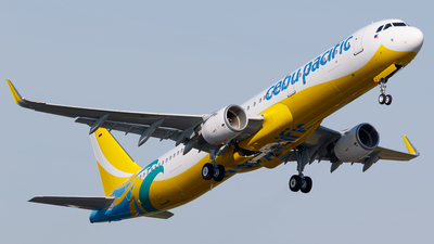 D-AVXX - Airbus A321-211 - Cebu Pacific Air
