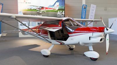 HB-WEB - Lightwing AC4 - Flugschule Eichenberger