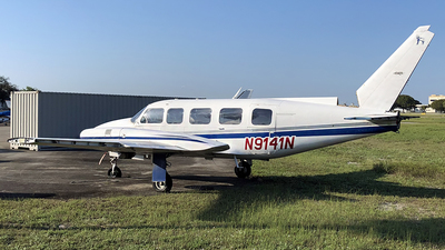 N9141N - Piper PA-31-350 Navajo Chieftain - Private